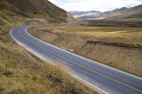 Ruoergai Grassland, Empty road