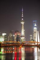 Shanghai, China, Asia, The Bund, Garden Bridge, Oriental Pearl Tower, 11010049981| 写真素材・ストックフォト・画像・イラスト素材|アマナイメージズ