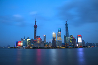 Shanghai, China, Asia, The Bund, Oriental Pearl Tower, 11010049982| 写真素材・ストックフォト・画像・イラスト素材|アマナイメージズ