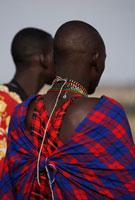 マサイ族の男の背中