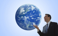 地球と白人男性