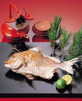 おせち料理(タイの塩焼き)