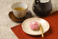 和菓子とほうじ茶