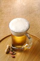 生ビールと落花生