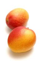 2個のマンゴー
