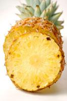 パイナップルの断面