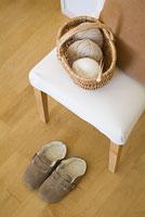 椅子の上に置かれた毛糸