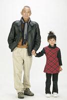 シニア男性と孫