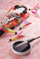 羽子板と羽根と筆