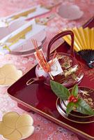 お屠蘇と祝い箸と皿