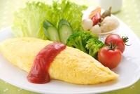 洋風朝食のオムレツ