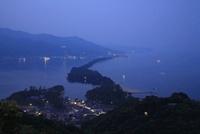 天橋立と緑の夜景