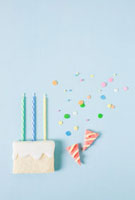 Biscuit birthday cake 11015191120| 写真素材・ストックフォト・画像・イラスト素材|アマナイメージズ