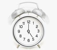 Alarm clock ringing 11015192907| 写真素材・ストックフォト・画像・イラスト素材|アマナイメージズ
