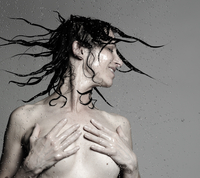 Naked mature woman showering with hands on chest. shaking long wet hair 11015294431| 写真素材・ストックフォト・画像・イラスト素材|アマナイメージズ