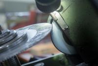 Rotary blade and grinding machine