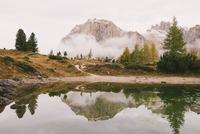Lago di Limides (Limides Lake), Dolomite Alps, South Tyrol, Italy 11015302296| 写真素材・ストックフォト・画像・イラスト素材|アマナイメージズ