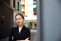 Portrait of businesswoman, London 11015302913| 写真素材・ストックフォト・画像・イラスト素材|アマナイメージズ