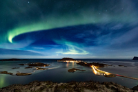 Northern lights (Aurora Borealis) in the night sky over famous Sommaroy Bridge crossing from Kvaloya Island to Sommaroy island i 11015303694| 写真素材・ストックフォト・画像・イラスト素材|アマナイメージズ