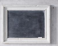 Chalkboard with chalk, close-up 11015304338| 写真素材・ストックフォト・画像・イラスト素材|アマナイメージズ