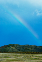 Rainbow and scenic view, Patagonia, Torres del Paine National Park, Chile 11015310029| 写真素材・ストックフォト・画像・イラスト素材|アマナイメージズ