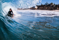 Man surfing in sea, Encinitas, California, USA 11015310395| 写真素材・ストックフォト・画像・イラスト素材|アマナイメージズ
