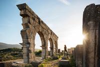 Roman Ruins of Volubilis, Meknes, Morocco, North Africa 11015313266  写真素材・ストックフォト・画像・イラスト素材 アマナイメージズ