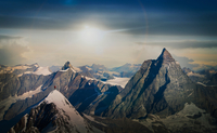 Climbers on snow covered mountain peak, Matterhorn, Zermatt, Switzerland 11015315063| 写真素材・ストックフォト・画像・イラスト素材|アマナイメージズ
