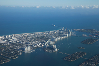 Aerial view of downtown Miami 11015323108  写真素材・ストックフォト・画像・イラスト素材 アマナイメージズ