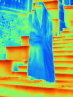 Thermal image muslim woman wearing burka 11015325251| 写真素材・ストックフォト・画像・イラスト素材|アマナイメージズ