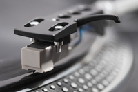 Close-up of turntable head-shell