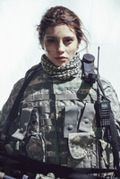 Portrait of army soldier standing against white background 11016033665| 写真素材・ストックフォト・画像・イラスト素材|アマナイメージズ