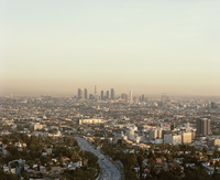 View from Mulholland Drive of cityscape against sky, Los Angeles, California, USA 11016035470| 写真素材・ストックフォト・画像・イラスト素材|アマナイメージズ