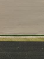 Full frame shot of agricultural landscape 11016035519| 写真素材・ストックフォト・画像・イラスト素材|アマナイメージズ