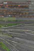 Aerial view of freight train carriages and tracks, North Rhine-Westphalia, Germany 11016035564| 写真素材・ストックフォト・画像・イラスト素材|アマナイメージズ