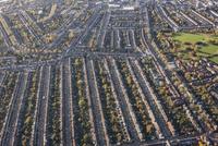 Aerial view of residential area, London, England, UK 11016035572| 写真素材・ストックフォト・画像・イラスト素材|アマナイメージズ