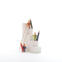 階段と人々のオブジェ クラフト 11017000109| 写真素材・ストックフォト・画像・イラスト素材|アマナイメージズ