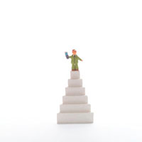 階段と人のオブジェ クラフト