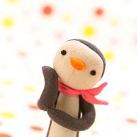 ポーズをとるメスのペンギン クラフト