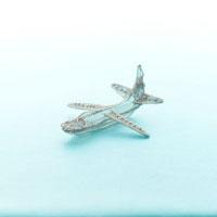 ワイヤーで作った飛行機 クラフト 11017000321| 写真素材・ストックフォト・画像・イラスト素材|アマナイメージズ