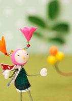 花の妖精のクラフト 11017001729| 写真素材・ストックフォト・画像・イラスト素材|アマナイメージズ