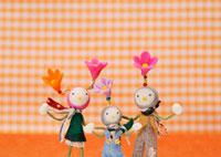 花の妖精のクラフト 11017001735| 写真素材・ストックフォト・画像・イラスト素材|アマナイメージズ