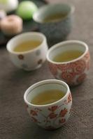 お茶と和菓子 11017003284| 写真素材・ストックフォト・画像・イラスト素材|アマナイメージズ