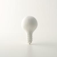 白い電球 クラフト