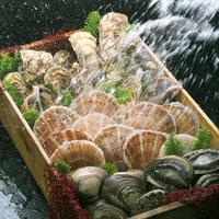 箱詰め貝類に水