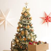 クリスマスツリーとオーナメント 11017015507  写真素材・ストックフォト・画像・イラスト素材 アマナイメージズ