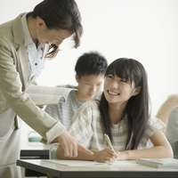 夏期講習を受ける学生