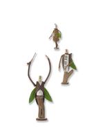 一列に並んだ木の人形のオーケストラ クラフト