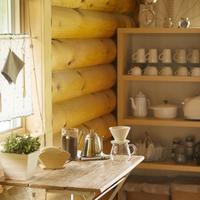 コーヒーセットのある部屋
