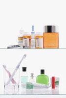 Contents of medicine cabinet 11018032426| 写真素材・ストックフォト・画像・イラスト素材|アマナイメージズ